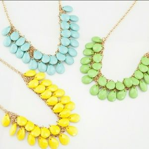 🆕️ Yellow Spring Teardrops Necklace